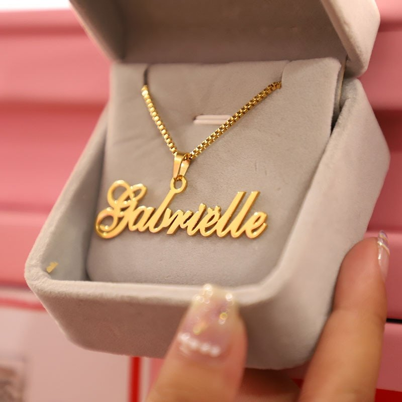 Gift Box Personalized Name Necklace
