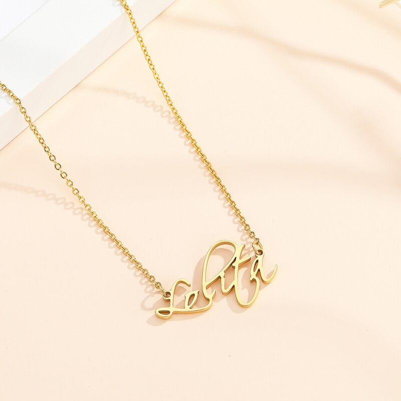 Personalized Women Name Necklace